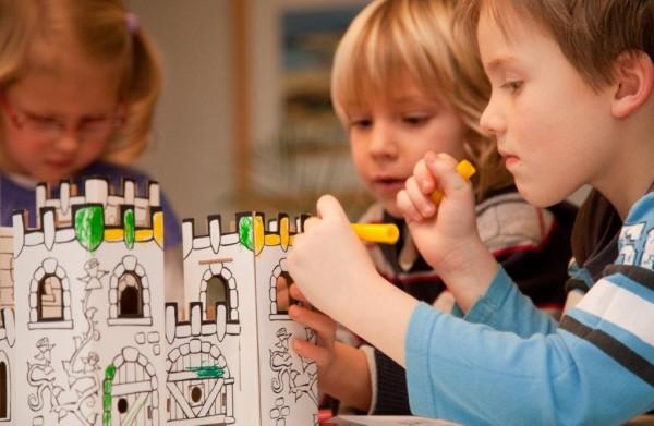 """Burg """"Drachenstein"""" zum Stecken, malen & spielen"""
