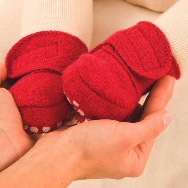 Warme Babyschuhe mit Klettverschluss und Stoppern rot