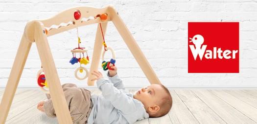 walter-spielbogen-babytrainier-frontbild