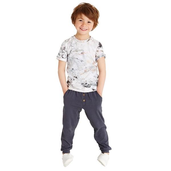 Coole Kinderhose mit Taschen sommerlich leicht