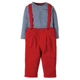 Outfit rote Latzhose mit Langarmshirt