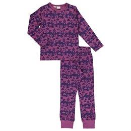 Mädchen Pyjama lila Landschaft