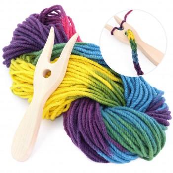 Strickgabel mit Bio-Wolle – blau, grün, gelb