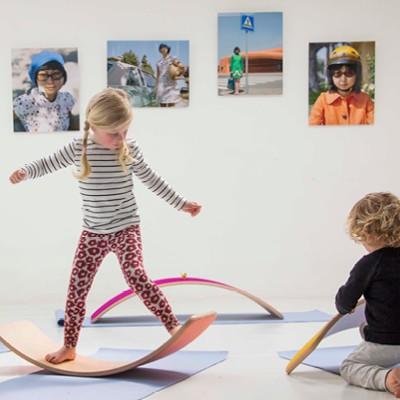 wobbel-balance-board-fuer-kinder-zum-ueben