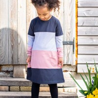 Kleid grau-schwarz-rosa Blocks
