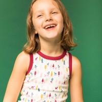 Mädchen Unterhemd Rehe in weinrot
