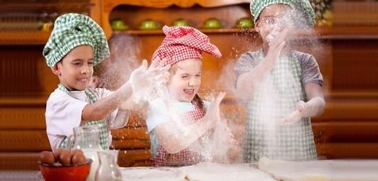 Kinder-Back-Sets-zum-Spielen-echten-Backen-oder-Zuebehoer-Kinderkuchen56558aa9e910e