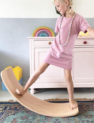 wobble-kinder-spielzeug-balanceboard-echtholz-fsc-nd
