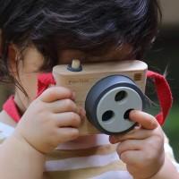 Spielzeugkamera mit Farblinsen