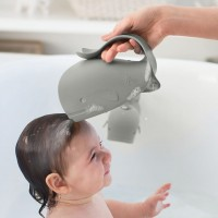 Helfer für tränenfreies Kinder Haare Waschen grau