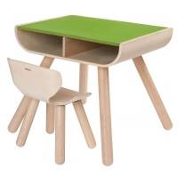 Basteltisch mit Stuhl
