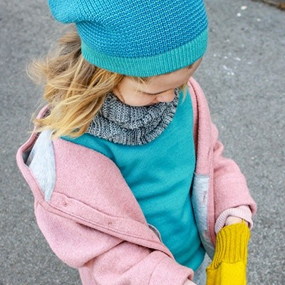 disana-neue-farben-lagoon-blau-pullover-muetze