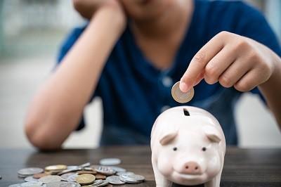 taschengeld-wichtige-erziehung-umgang-geld-kinder