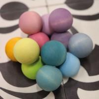 Vorschau: Grimms Kugelgreifling pastell Babyspielzeug