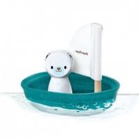 Segelboot mit Eisbär