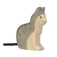 Holzfigur Katze - auf dem Bauernhof
