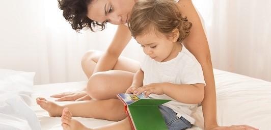 Vorlesen-von-Kinderbuechern-schon-frueh-starten-Blog-Artikel-greenstories