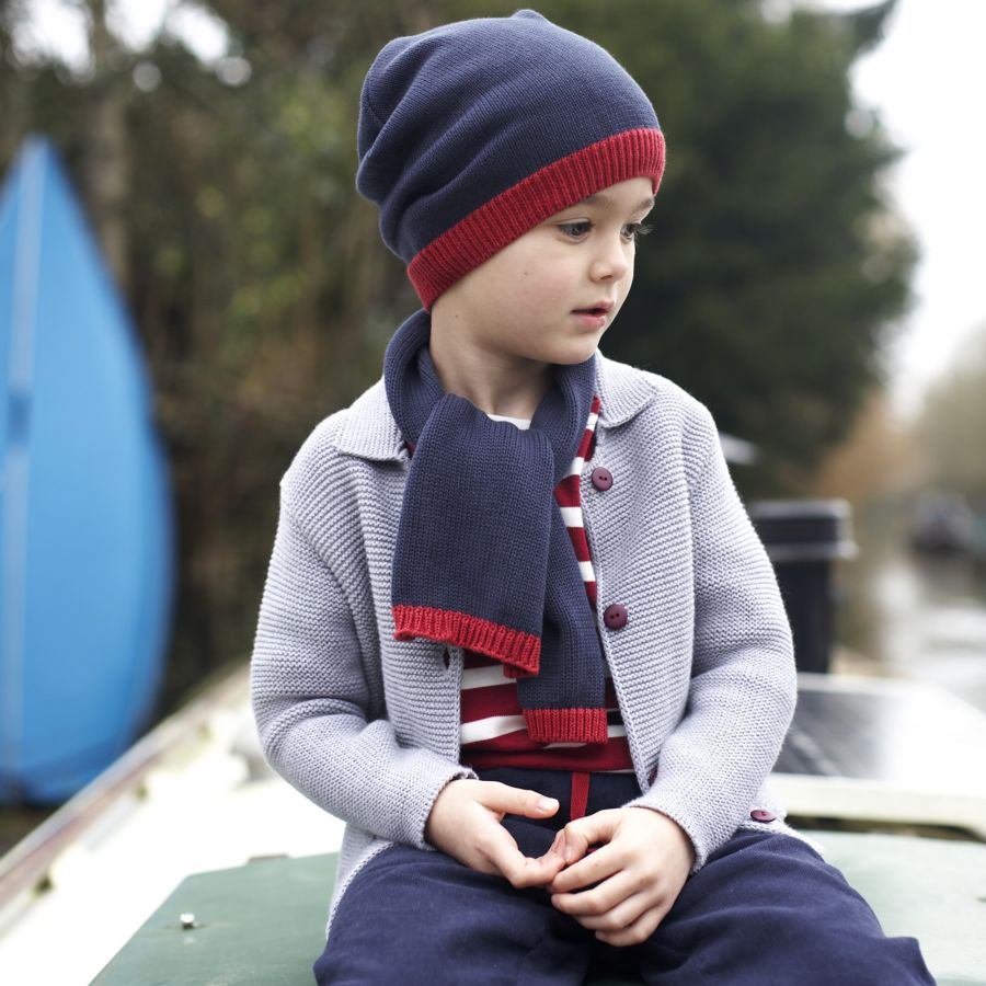 eleganter-jungenschal-gestrickt-pigeon-englische-kinderkleidung-rot