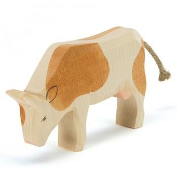 Kuh braun Holzfigur fressend 9,5 cm hoch