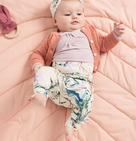 2a5bdbb15ad2 Bio Babykleidung & Bio Babymode - öko & fair | greenstories