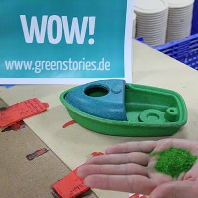 plastikfreies-badespielzeug-aus-holz-von-plantoys-herstellung