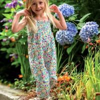 Leichter Sommer Strampler ohne Arm Blumen