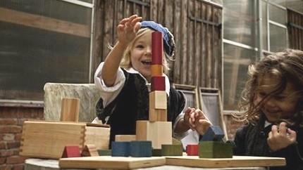 holzbausteine-von-wooden-story-vielfach-verwendbar