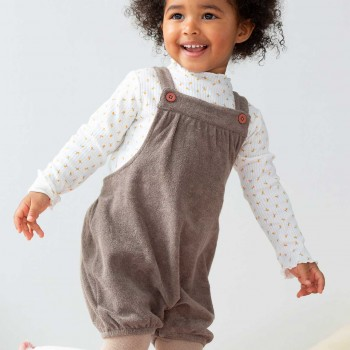 Kurze Frottee Latzhose in taupe