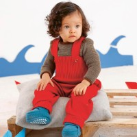 Baby Hose warm hochwertige Wolle rot