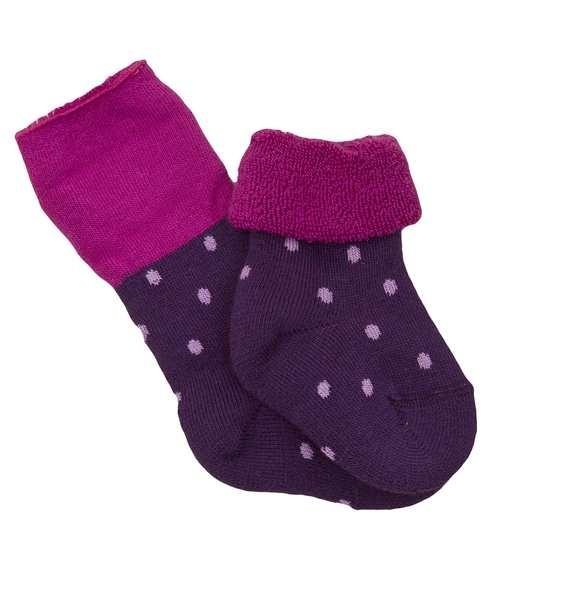 Warme Babysocken zum Umschlagen aus Frottee lila Punkte