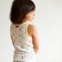Bio Unterhemd für Jungen - völlig schwerelos durch die Stern
