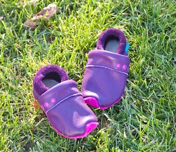 Lederpuschen-fuer-Baby-Lieblinge-Magenta-ein-Elternbericht
