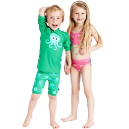Kinder Badeshorts von green cotton - grün