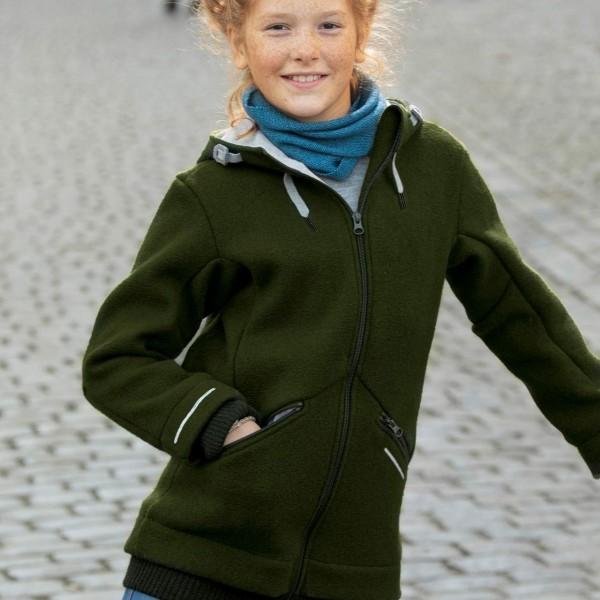 Schicker warmer Kindermantel in oliv-grün