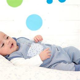 Weicher Babystrampler ohne Arm Hase