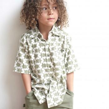 Oliv-grünes Hemd Schildkröten-Druck kurzarm Shirt